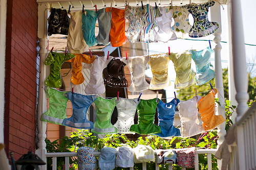 cloth-diapers-sun-bleaching